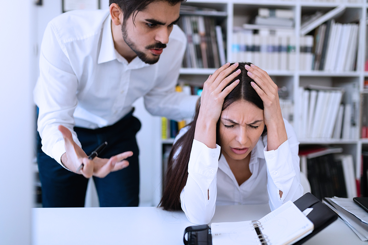 5 Tips on How to Deal With Bully Bosses