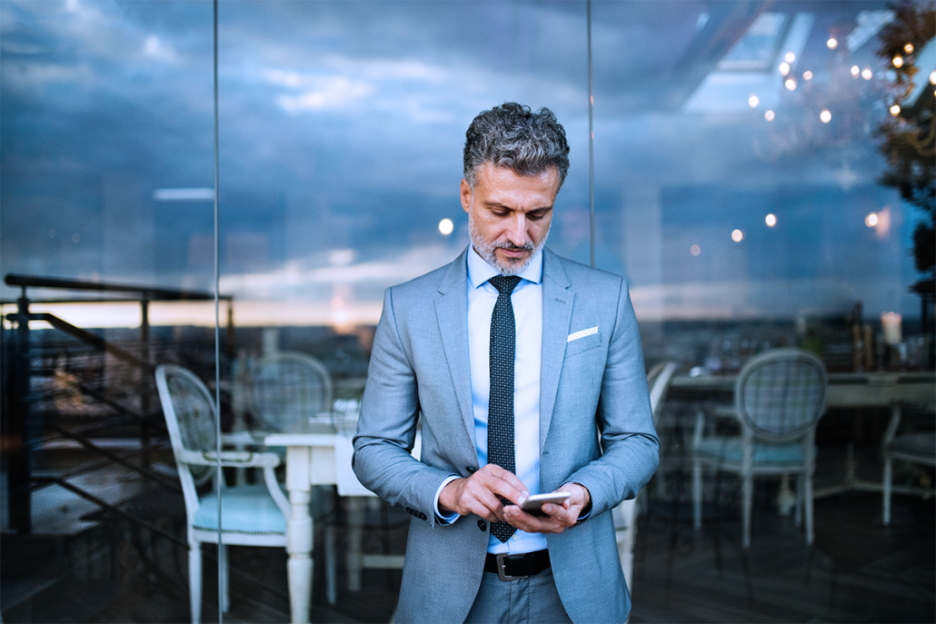 Download AppearMe – Gain Access to Thousands of Freelance Lawyers in Real Time While On the Go